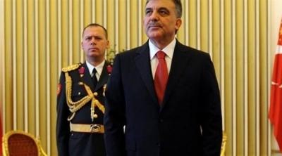 Abdullah Gül'ün de yaveri gözaltına alındı