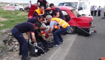 Aksaray'da minibüs kazası!