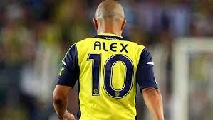 Alex de Souza, teknik adamlık kariyerindeki ilk resmi maçında zafer elde etti