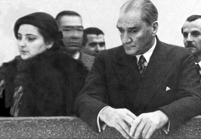 Atatürk'ün Manevi Kızı AFET İNAN kimdir ?