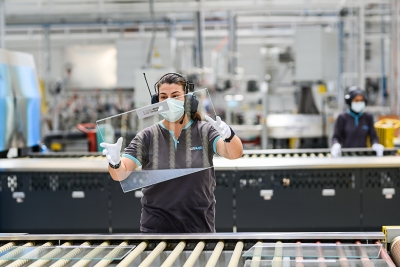 Avrupa'ya endüstriyel cam atağı