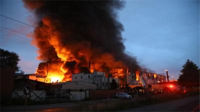 Bangladeş'te korkutan yangın: En az 20 ölü