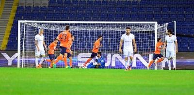 Başakşehir, Fenerbahçe'ye yine izin vermedi