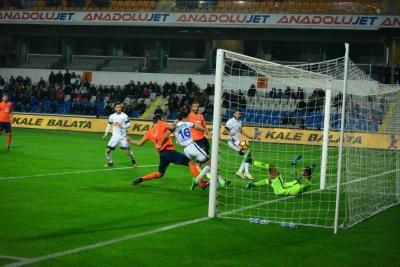 Başakşehir Tam Gaz Devam M. Başakşehir 2-1 Ç. Rizespor