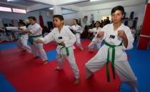 Bayraklı Belediyesi taekwondocular için kuşak terfi sınavı açtı