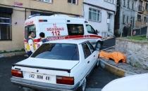 Beyoğlu'nda kaldırımda bir erkek cesedi bulundu