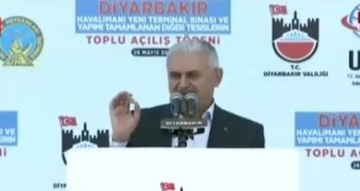 Binali Yıldırım Diyarbakır'da kardeşlik mesajı verdi