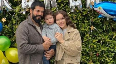 Burak Özçivit ve Fahriye Evcen Çifti Çocuklarının Yaş Gününü Kutladı