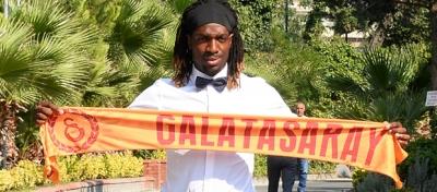 Cavanda Galatasaray'la 3 yıllık sözleşme imzaladı