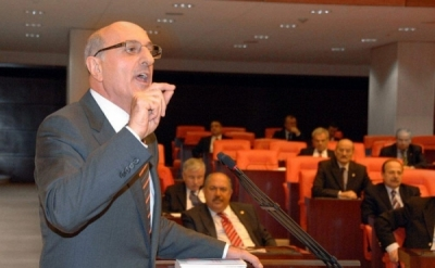 CHP'nin 2019 Seçimlerindeki Başkan Adayı İlhan KESİCİ Kimdir ?