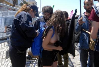 Çıplak 1 Mayıs protestosuna soruşturma açıldı!