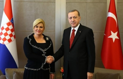 Cumhurbaşkanı Erdoğan da laiklik tartışmalarına katıldı.