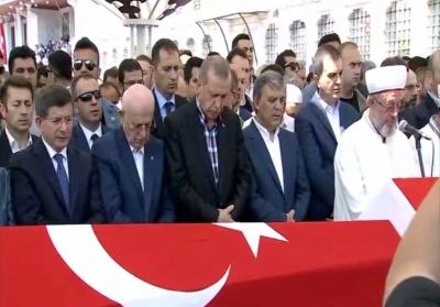 Erdoğan şehit cenazesinde konuştu: 'Gevşemek yok, meydanlardan ayrılmayacağız'