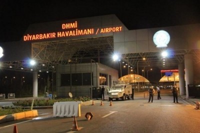 Diyarbakır Havalimanı'nda roketatarlı saldırı