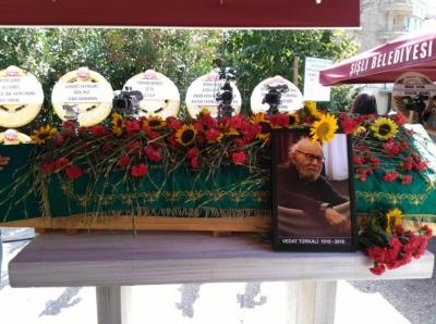 Edebiyat çınarı Vedat Türkali son yolculuğuna uğurlandı