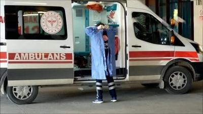 Edirne'de Hastane Kapıları Gençlerle Doldu