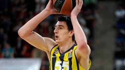 Emir Preldzic Fenerbahçe'den ayrıldı