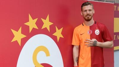 Galatasaray'da Serdar Aziz 1 ay sahalardan uzak kalacak