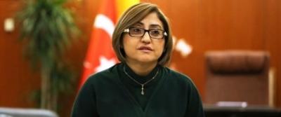 Gaziantep Belediye Başkanı ve AKP heyetine cenaze evinden slogan atıldı