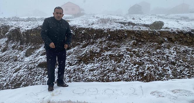 Giresun'un ardından Trabzon'un yaylalarında da kar yağışı başladı