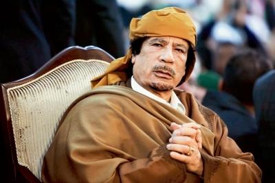 İngiltere'nin Kaddafi müdahalesine parlamentodan eleştiri