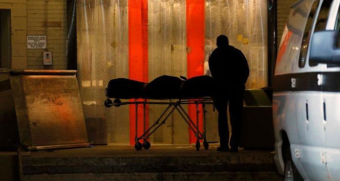 İran'da Covid-19'dan ölenlerin sayısı 60 bini geçti
