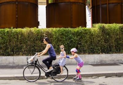 İran kadınların bisiklete binmesini yasakladı