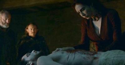 Jon Snow nasıl dirildi?