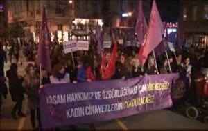 Kadınlardan 8 Mart Dünya Kadınlar Günü yürüyüşü
