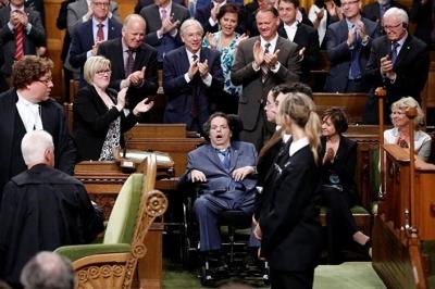 Kanada marşında cinsiyetçi ayrım kaldırılıyor