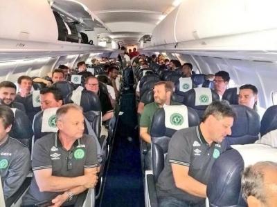 Futbolun kara günü, Chapecoense takım uçağı düştü
