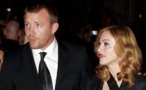 Madonna ve Guy Ritchie çocukları Rocco'nun velayetinde anlaşacaklar