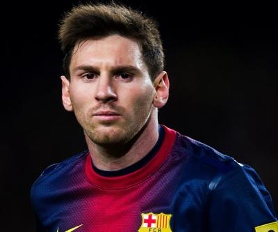 Kırmızı Şeytanlar Messi'nin peşinde