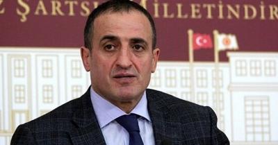 MHP'den 'anayasa değişikliği' istifası!