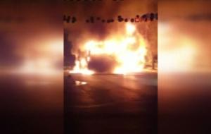 Nurtepe'de özel halk otobüsünü yaktılar