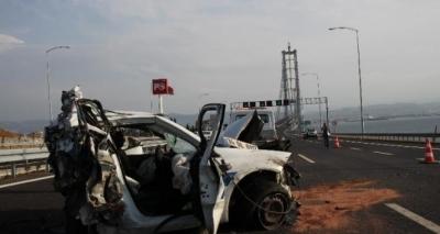 Osmangazi Köprüsü'nde korkunç kaza!