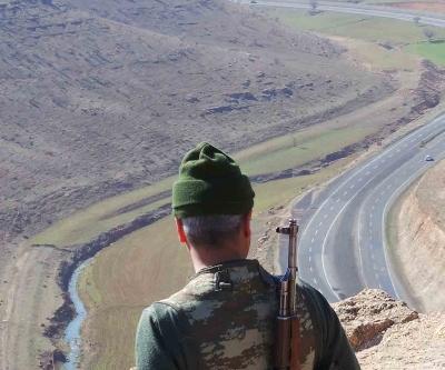 PKK köy korucusunu kaçırıp şehit etti