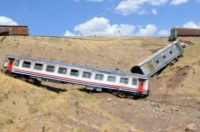 PKK yük trenine saldırdı