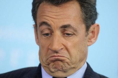 Sarkozy yeniden ...