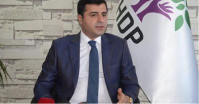 Selahattin Demirtaş'tan Anayasa değişikliği için dilekçe