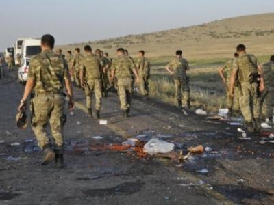 Şemdinli'de sıcak temas: 4 asker yaralı