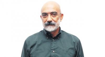 Serbest bırakılan Ahmet Altan hakkında yakalama kararı!