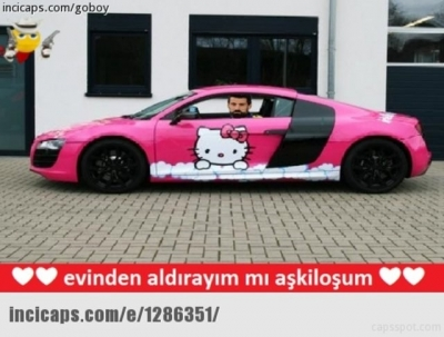 Fenerbahçe Hello Kitty'le anlaşınca capsler patladı