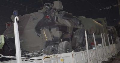 Suriye sınırına askeri araç sevk edildi