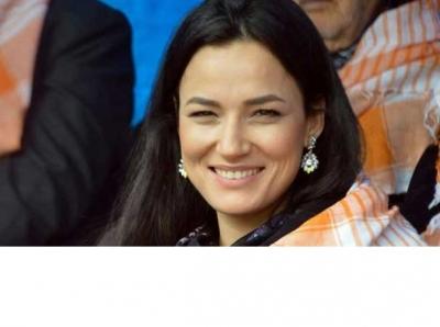 Türkiye güzeli AKP il başkanı oldu