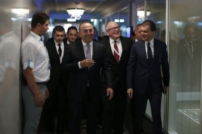 Dışişleri Bakanı Çavuşoğlu'ndan Yunanistan'a ziyaret