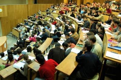 Vakıf üniversitelerinin rektörlerini de Cumhurbaşkanı atayacak