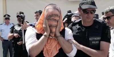 Yunanistan'a kaçan askerlere 2 ay hapis
