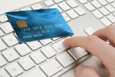 Yurtdışı alışverişlerde vergi muafiyeti 30 Euro'ya düşüyor