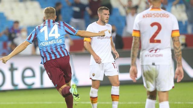 Trabzonspor'un yeni transferi Andreas Cornelius, 51 saniyede gol attı